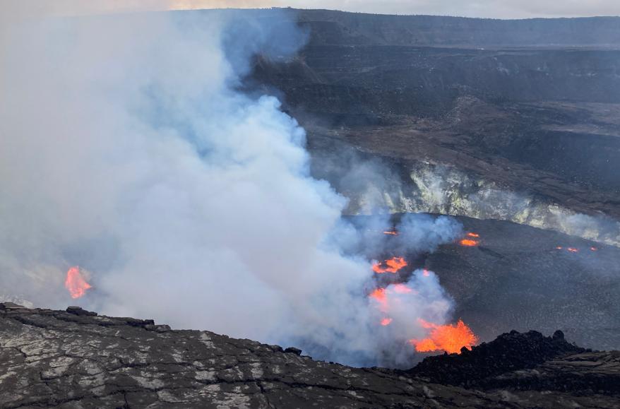 На Гавайях проснулся вулкан Килауэа (Фото:USGS/EPA)
