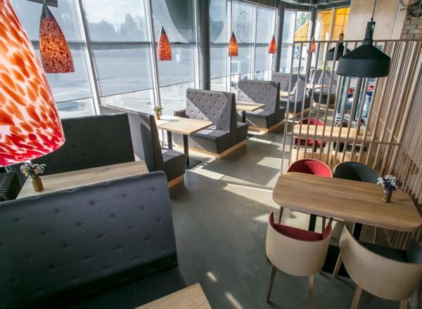 Сеть АЗС KLO открыла локаворский ресторан в Киеве