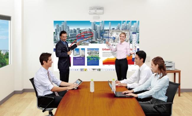 Проектор - необходимый инструмент в любом офисе
