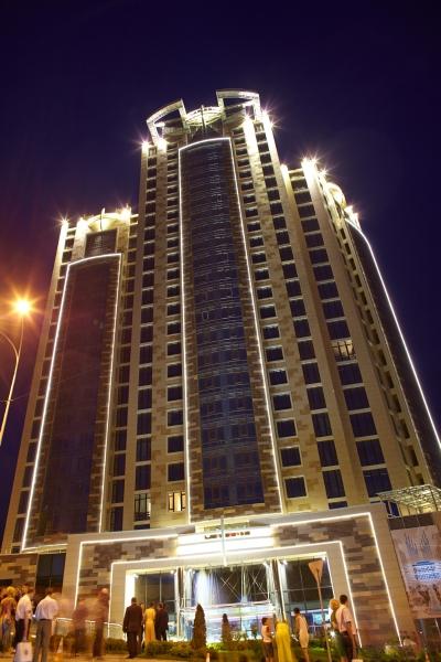 В Киеве открыли новый светомузыкальный фонтан