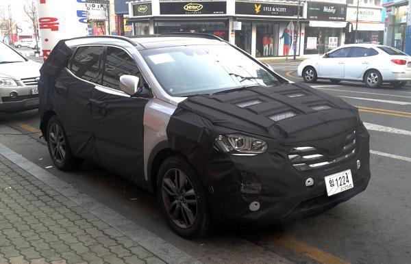 Hyundai-sana-fe-spy-shots.jpg