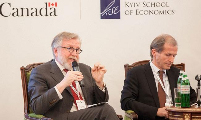 Жерар Ролан: Украина проведет реформы или вернется к клептократии