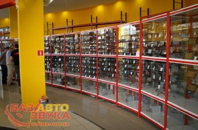 """""""База Автозвука"""" захватывает рынок автоэлектроники"""
