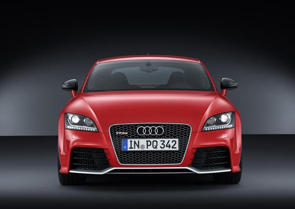 Audi TT RS plus_small (4).jpg
