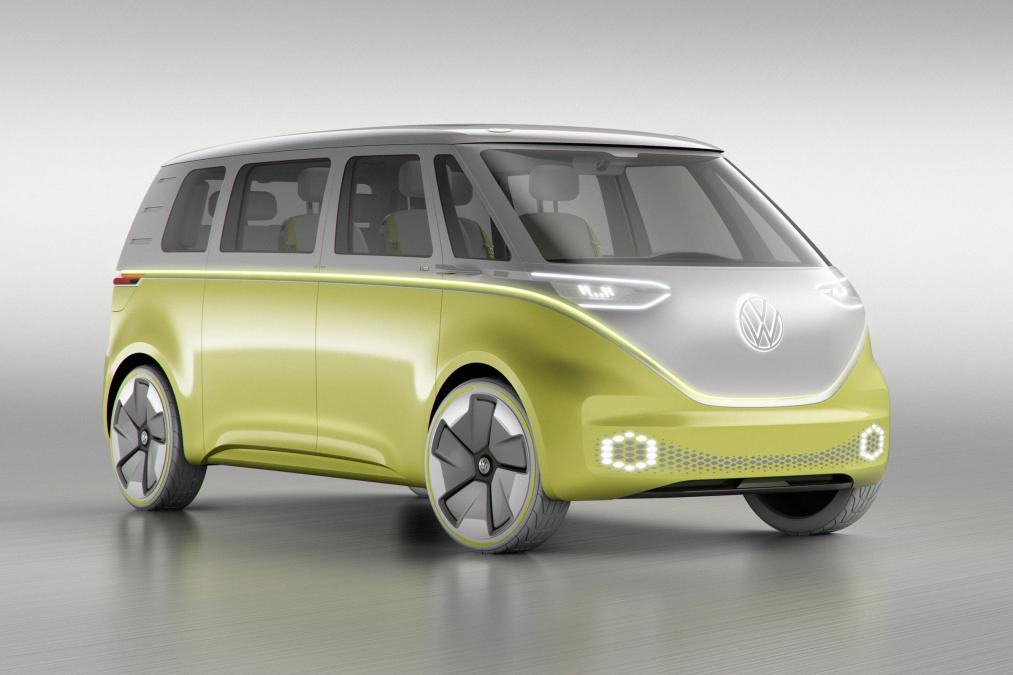 Volkswagen запустит в серию электрический минивэн: фото, видео