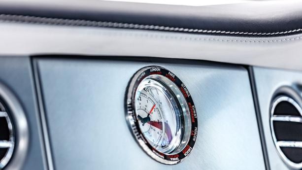 Rolls-Royce произвел последний Phantom седьмой модели: фото