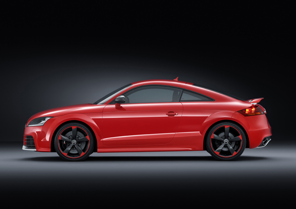 Audi TT RS plus_small (2).jpg