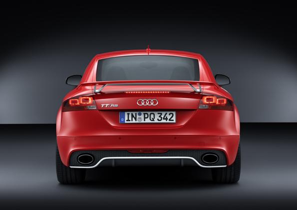 Audi TT RS plus_small (5).jpg
