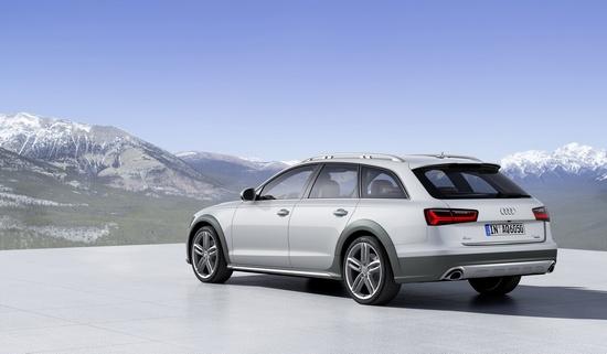 Гарантия 4 года или 120 тысяч км пробега на все новые Audi