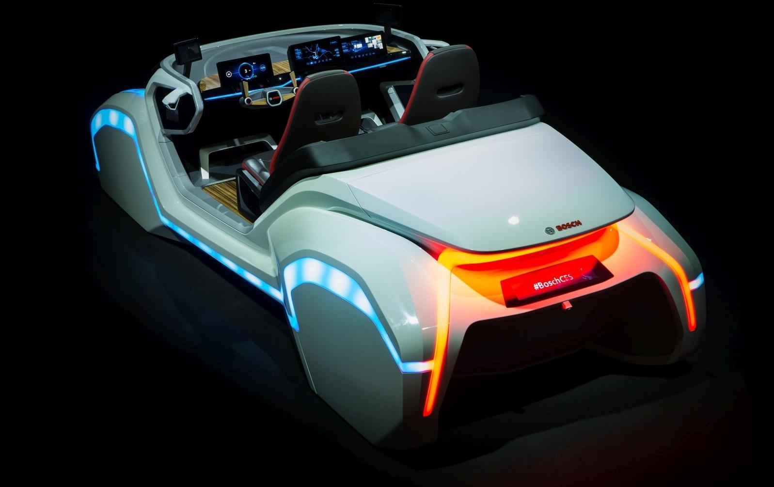 Летающее такси и Tesla для бедных: главные автоновинки CES 2018
