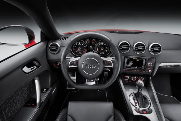 Audi TT RS plus_small (12).jpg
