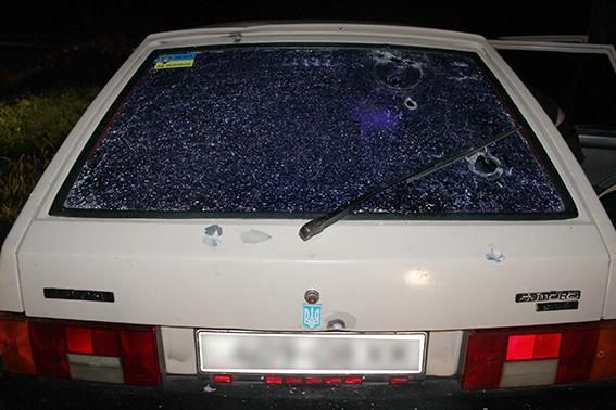 На Закарпатье мужчина пытался застрелить сотрудников МВД: фото