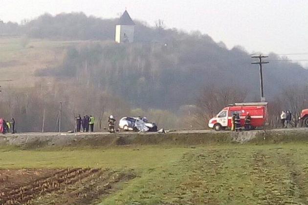 ВЛьвовской области Mercedes влетел вавтобус «Минск-Буковель»: необошлось без жертв