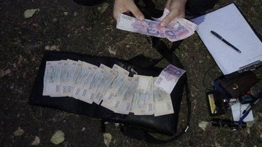 На Луганщине СБУ задержала милиционеров за сбыт наркотиков: видео