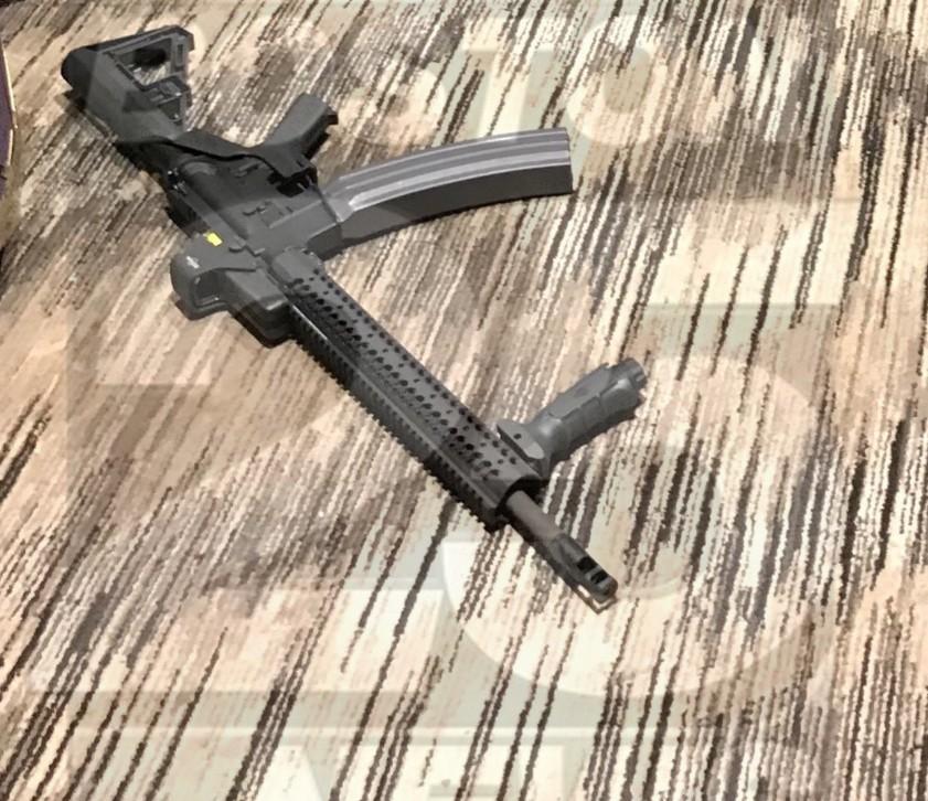 Появились фото из гостиничного номера стрелка из Вегаса