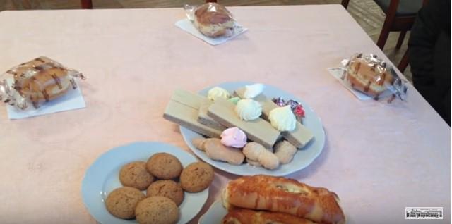 День людей с инвалидностью: чиновникам - икра, инвалидам - хлеб