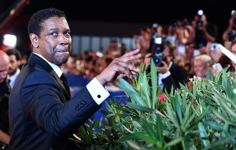 Церемония вручения «Оскара» закончилась скандалом— Ошибочка вышла