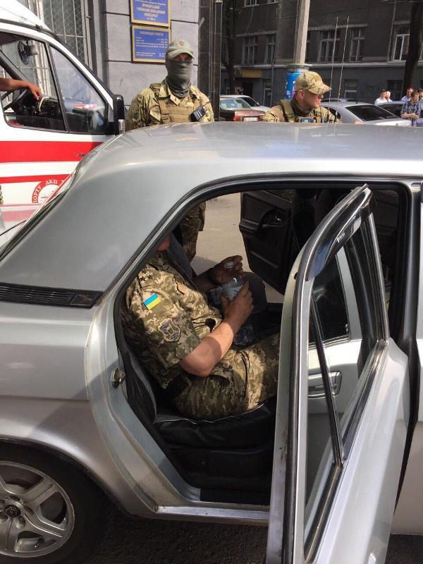 При получении взятки задержан военный комиссар Одесской области