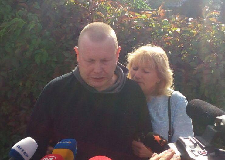 Владимир Жемчугов и Юрий Супрун освобождены из плена: фото