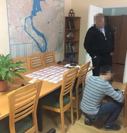 В Запорожье на взятке задержан глава управления водных ресурсов