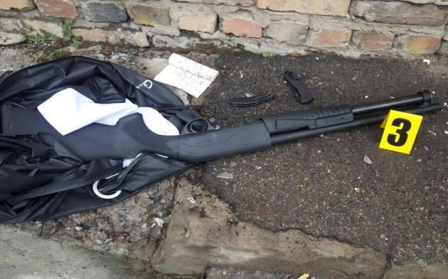 Взрывы в Николаеве: банда напала на рынок - фото, видео