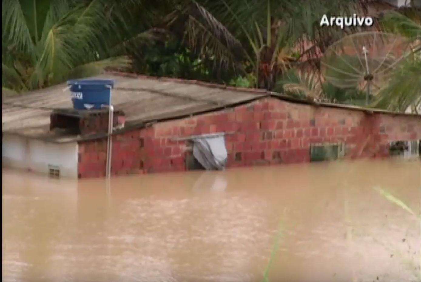 Оползни в Бразилии: погибли 12 человек, 70 тыс эвакуированы