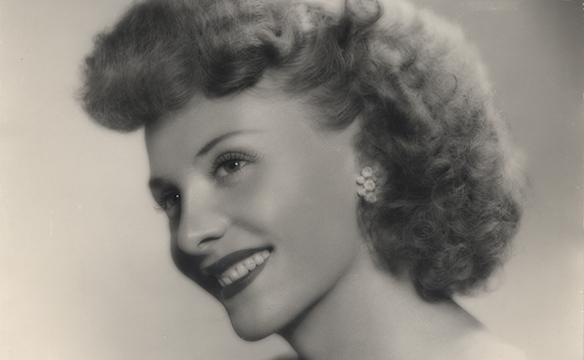 Легенда Голливуда: в США умерла старейшая актриса