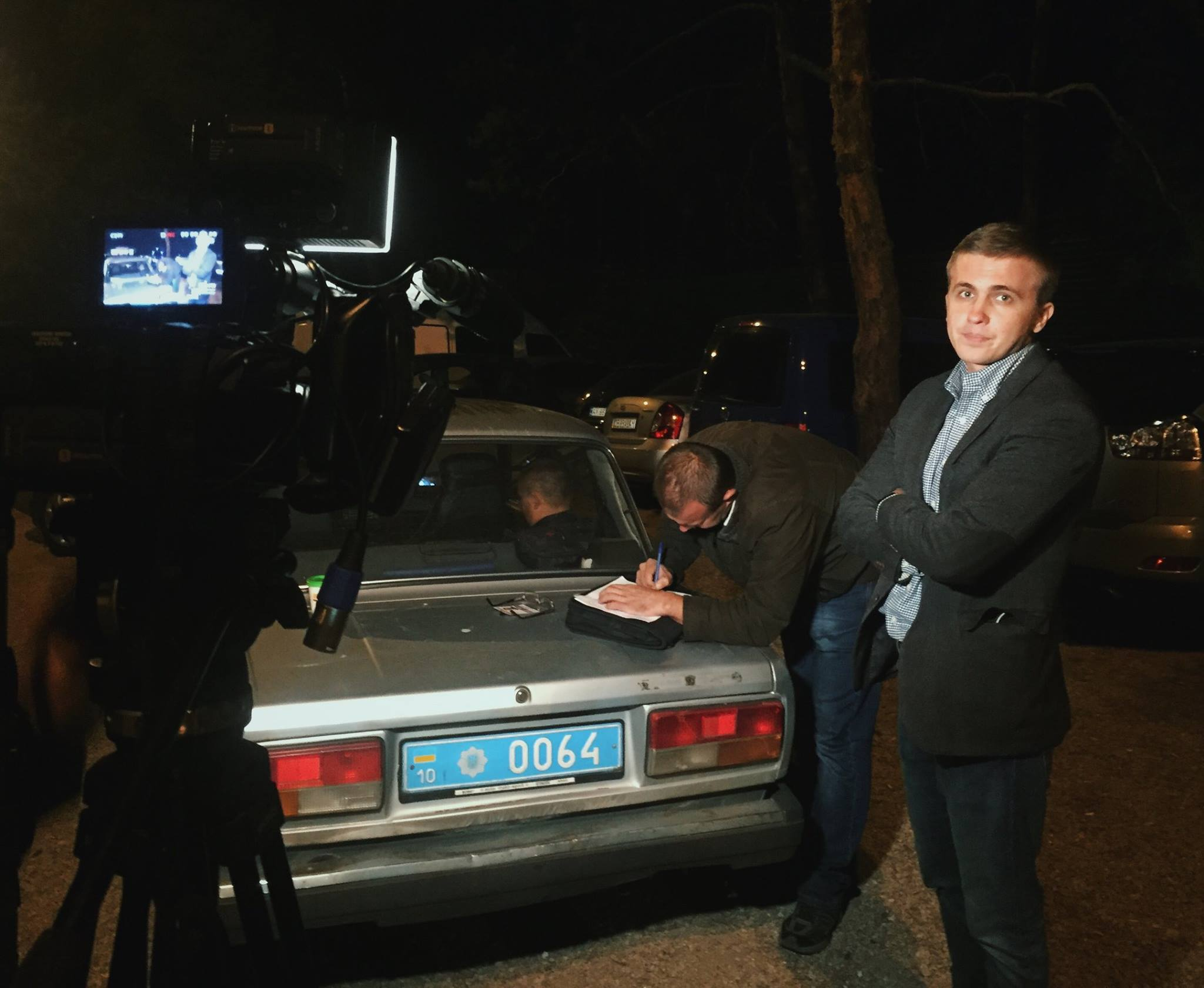 На журналистов Схем напали сотрудники госохраны в Конча-Заспе