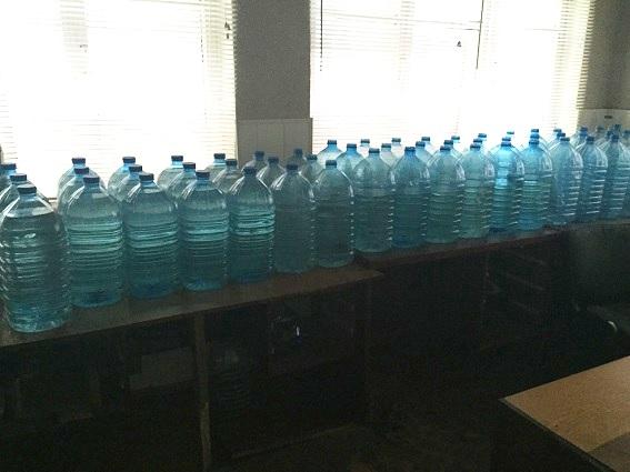 В Киеве изъяли 800 литров контрафактного алкоголя: видео