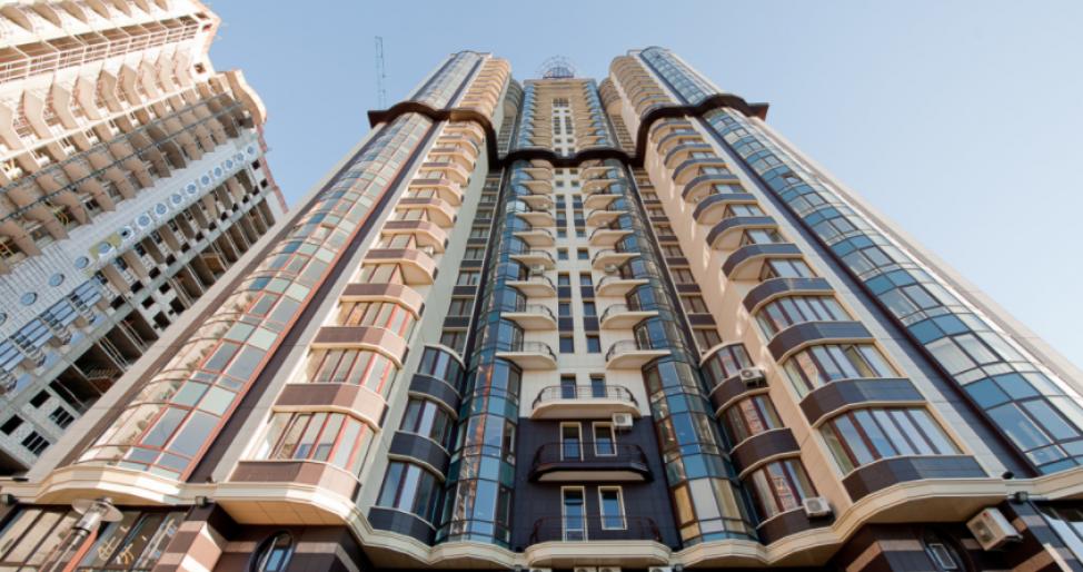 Начальница судьи Чауса записала на мать две квартиры и дом - СМИ