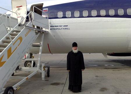 Российский патриарх едет в Украину на спецпоезде: видео и фото