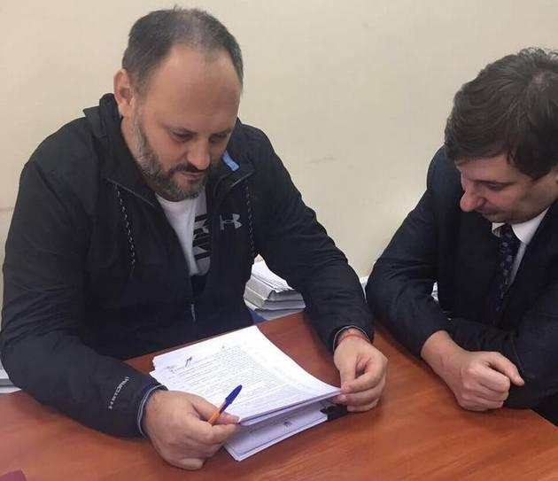 Каськив депортирован из Панамы в Украину: фото