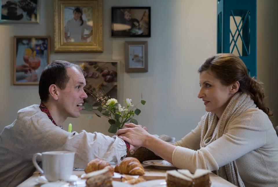 Жена Порошенко встретилась с больным ДЦП, которого унизили в кафе
