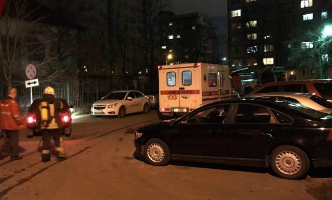 Пожар на Оболони: эвакуированы 30 жильцов, есть пострадавшие