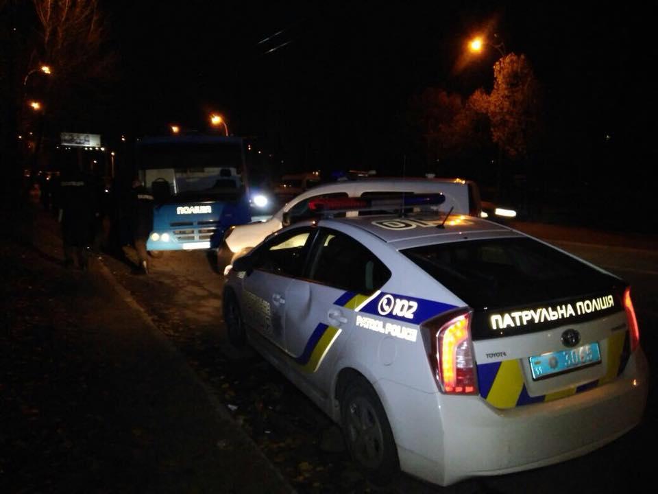 Футбольные хулиганы устроили массовую драку в Киеве: 30 задержаны