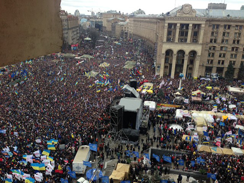 Оппозиция насчитала на Вече Евромайдана до миллиона человек