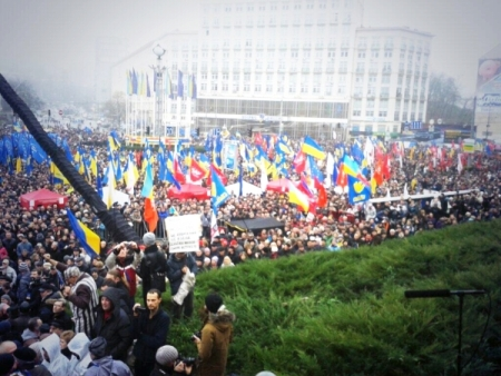 Евромайдан в Киеве, день четвертый: хроника