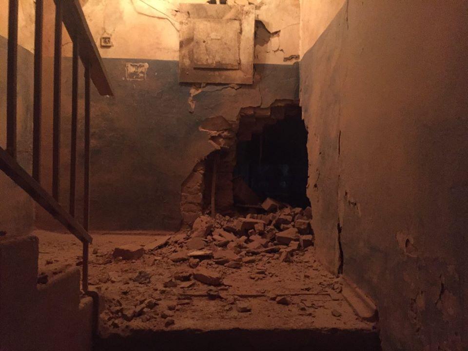 В итоге ночного обстрела Авдеевки повреждены 8 домов