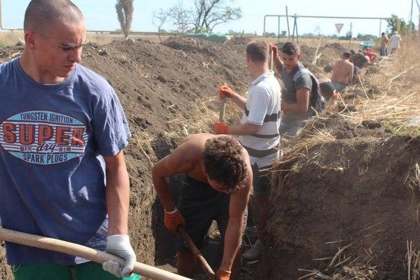 Отец 32 детей с сыновьями защищает Мариуполь от российской армии