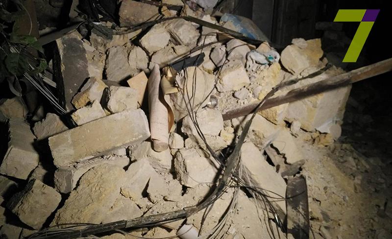 В Одессе рухнула часть двухэтажного жилого дома: фото