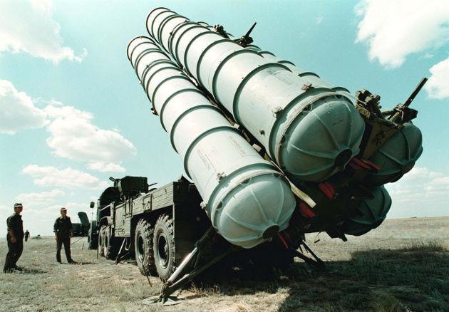 РФ начала поставки Ирану комплексов С-300— Рогозин