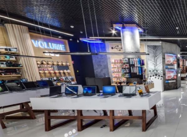 Foxtrot Show Store: гироборды и очки виртуальной реальности