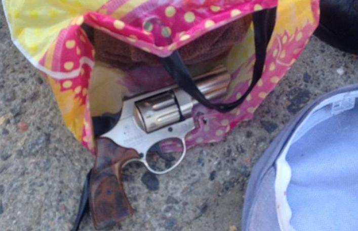 Милиция задержала молодого человека, который устроил стрельбу втрамвае