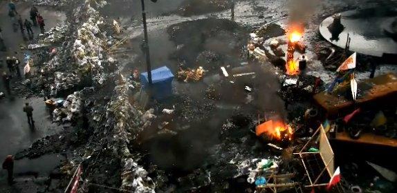 На Грушевского снова подожгли покрышки (ФОТО)