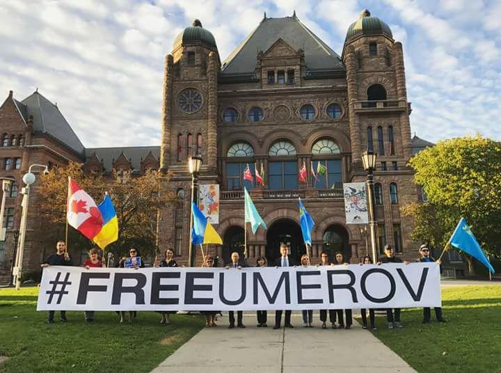 В Канаде прошел митинг в поддержку узника Кремля Умерова - фото