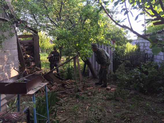 Боевики обстреляли жилые кварталы Авдеевки: фото