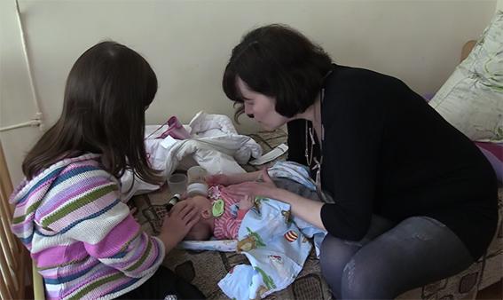 Полиция: Похитительница младенца хотела скрыть смерть своей дочки