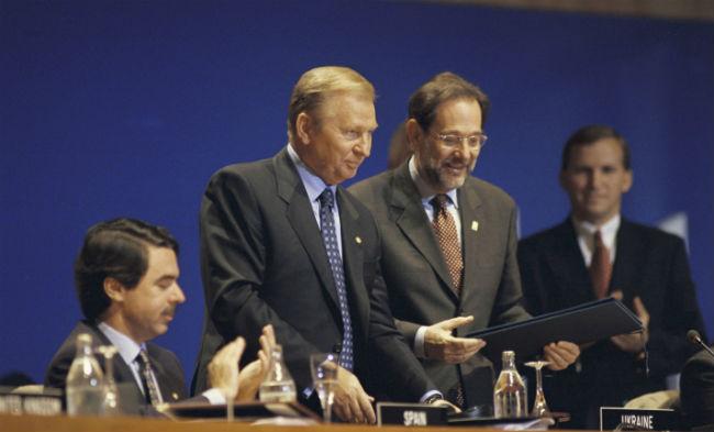 9 июля 1997 года НАТО и Украина подписали Хартию об Особом партнерстве на встрече НАТО на высшем уровне в Мадриде. © NATO
