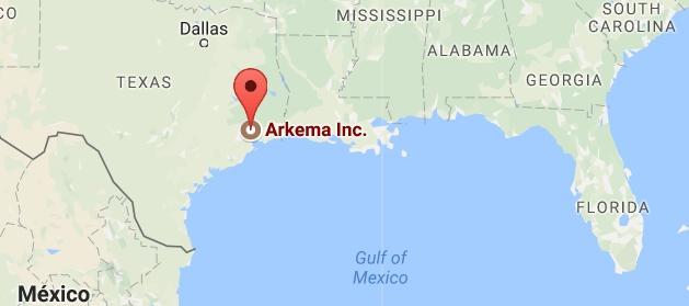 Ураган Харви: В США затоплен завод химикатов, есть угроза взрыва
