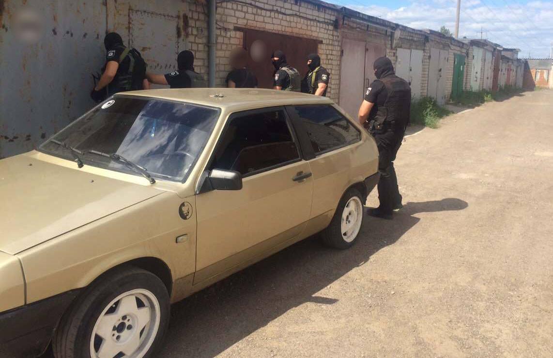 Під Черкасами затримано вимагачів, які викрали чоловіка: відео